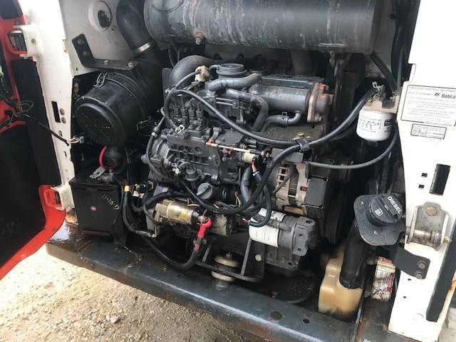 Bobcat S590 (4)