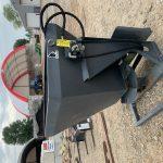 BobcatLoader Hydraulic Spreader (1)